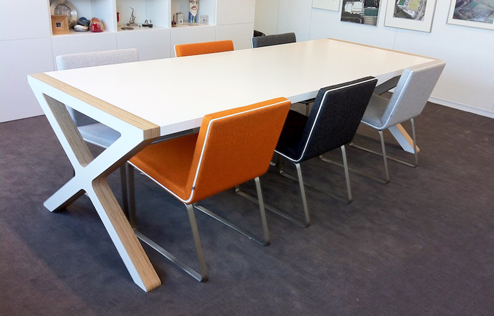 Design eettafel x rknl meubelstudio - Eigentijdse eettafel ...
