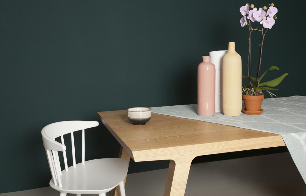 Eettafel in hout