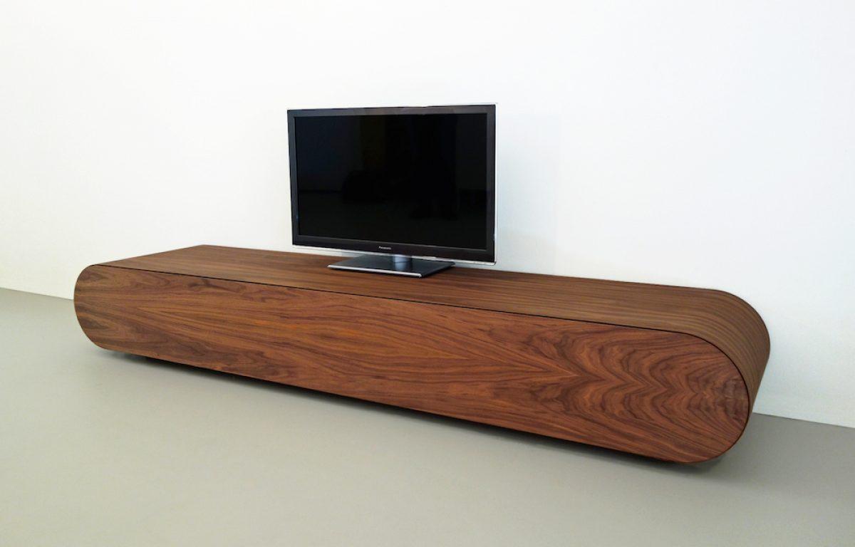 Noten Houten Tv Meubel.Design Tv Meubel Notenhout Rknl Meubelstudio