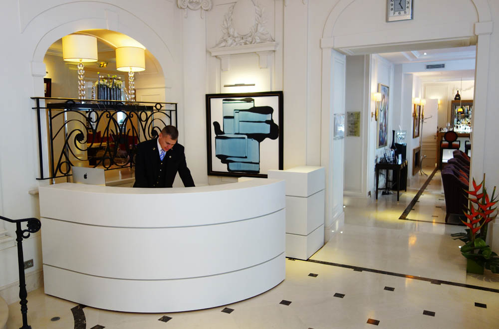 concierge desk villa hotel majestic rknl - Concierge Desk Design