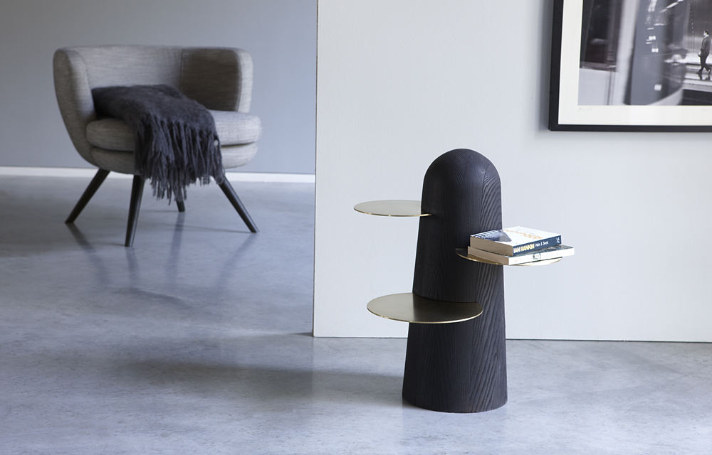 Side table black