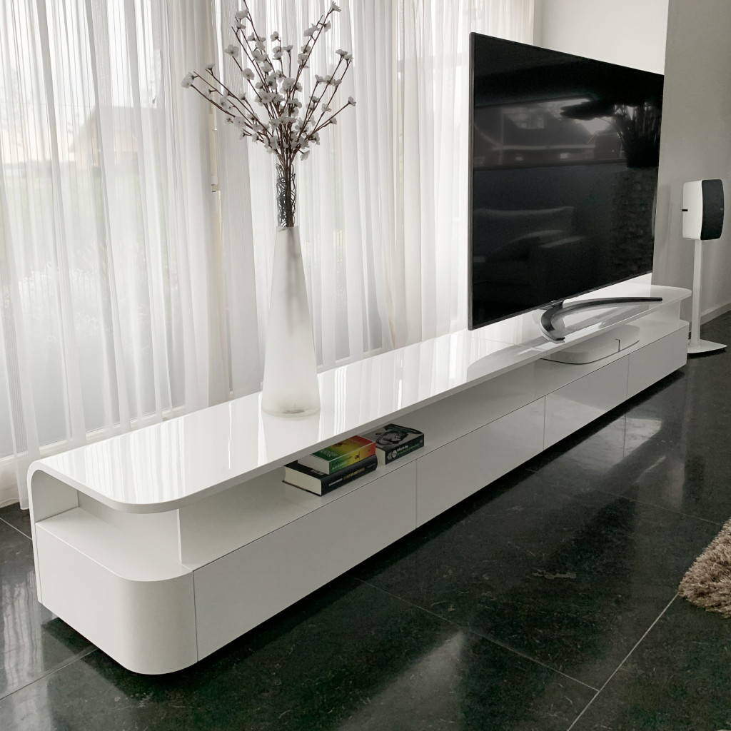 TV-meubel Curve op maat